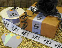 Personilized Ribbon and box from Initial It Please